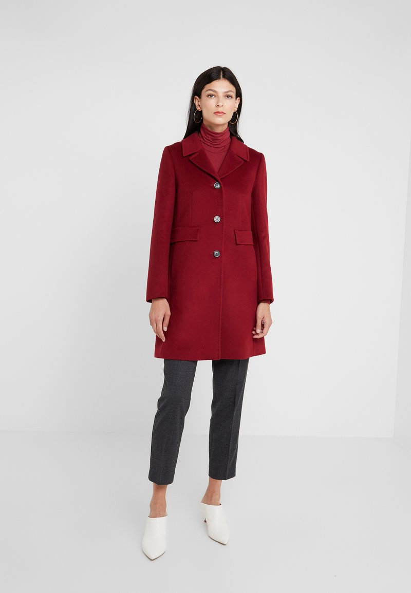 WEEKEND MaxMara - DESY - Short coat - kirsche