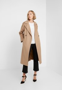 WEEKEND MaxMara - OTTANTA - Classic coat - kamel - 1