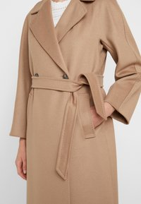 WEEKEND MaxMara - OTTANTA - Classic coat - kamel - 5