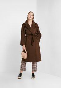 WEEKEND MaxMara - OTTANTA - Classic coat - taback - 1