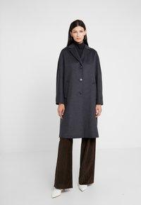 WEEKEND MaxMara - FUNALE - Classic coat - anthrazit - 0