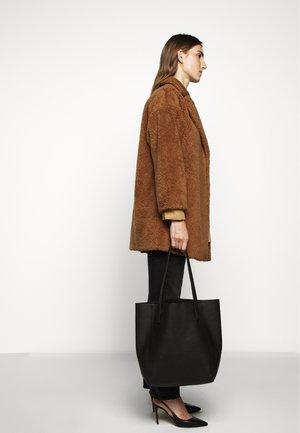 ONESTO - Winter coat - karamell