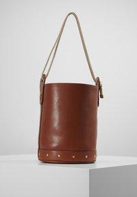 WEEKEND MaxMara - ORO - Handbag - taback - 2
