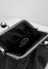 WEEKEND MaxMara - REGALO - Handbag - anthrazit - 4