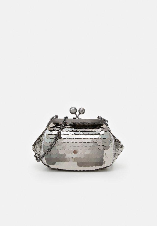 GIOVANE - Across body bag - grey