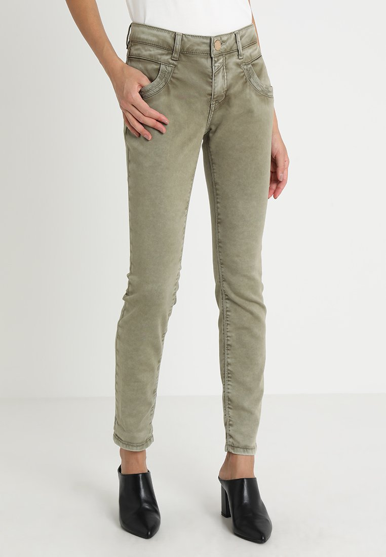 Mos Mosh - EMBROIDERY SOFT PANT - Stoffhose - sage green
