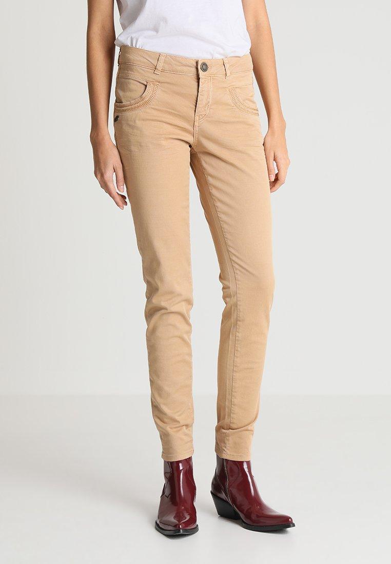 Mos Mosh - PHOENIX PANT - Trousers - desert