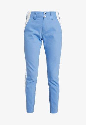BLAKE SKY PANT - Kalhoty - allure blue