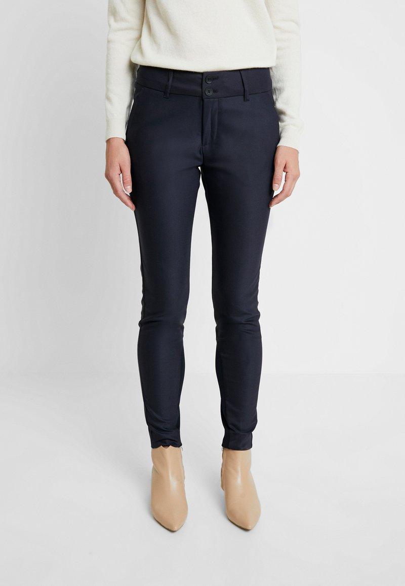 Mos Mosh - BLAKE NIGHT PANT SUSTAINABLE - Trousers - navy