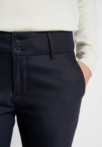 Mos Mosh - BLAKE NIGHT PANT SUSTAINABLE - Trousers - navy - 4