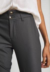 Mos Mosh - BLAKE NIGHT LONG PANT - Kalhoty - antracite - 4