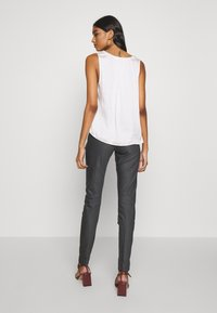 Mos Mosh - BLAKE NIGHT LONG PANT - Kalhoty - antracite - 2