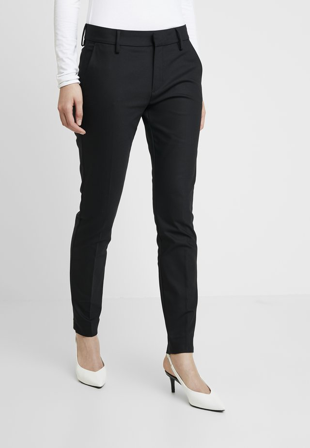 ABBEY NIGHT PANT SUSTAINABLE - Tygbyxor - black