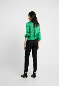 Mos Mosh - LEVON PORTMAN PANT - Pantalones - black - 2