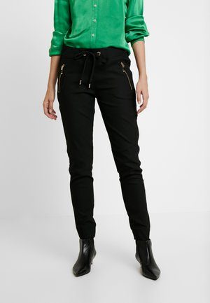 LEVON PORTMAN PANT - Bukse - black