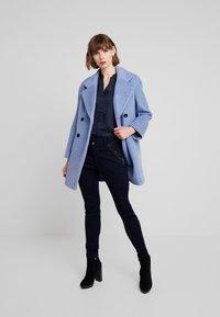 Mos Mosh - MILTON TUCK PANT - Kalhoty - dark blue - 1