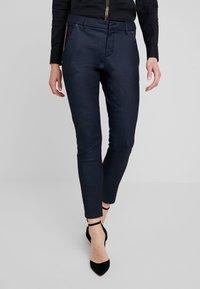 Mos Mosh - BLAKE GALLERY PANT - Skinny džíny - dark blue - 0