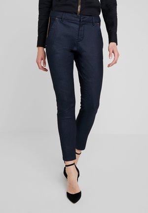 BLAKE GALLERY PANT - Skinny džíny - dark blue
