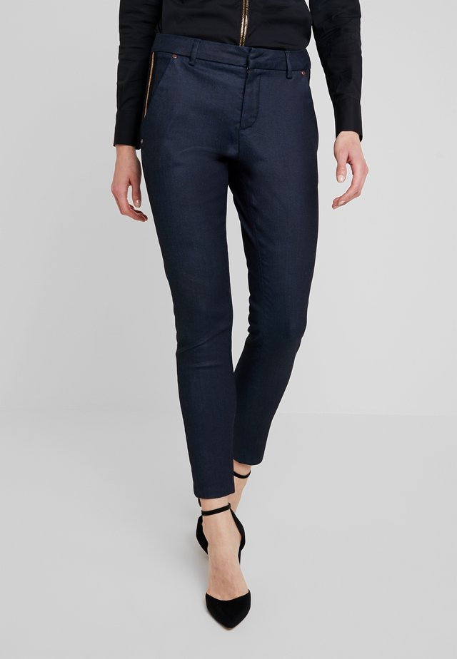 BLAKE GALLERY PANT - Skinny-Farkut - dark blue