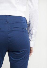 Mos Mosh - ABBEY COLE PANT - Tygbyxor - dark blue - 5