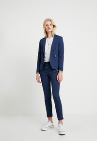 Mos Mosh - LEVON - Spodnie materiałowe - dark blue - 1