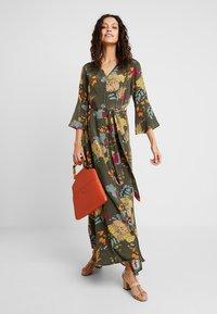 Mos Mosh - TULUM AVA DRESS - Maxi dress - grape/leaf - 2
