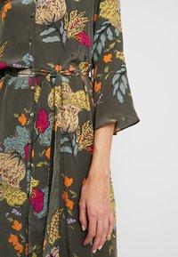 Mos Mosh - TULUM AVA DRESS - Maxi dress - grape/leaf - 6