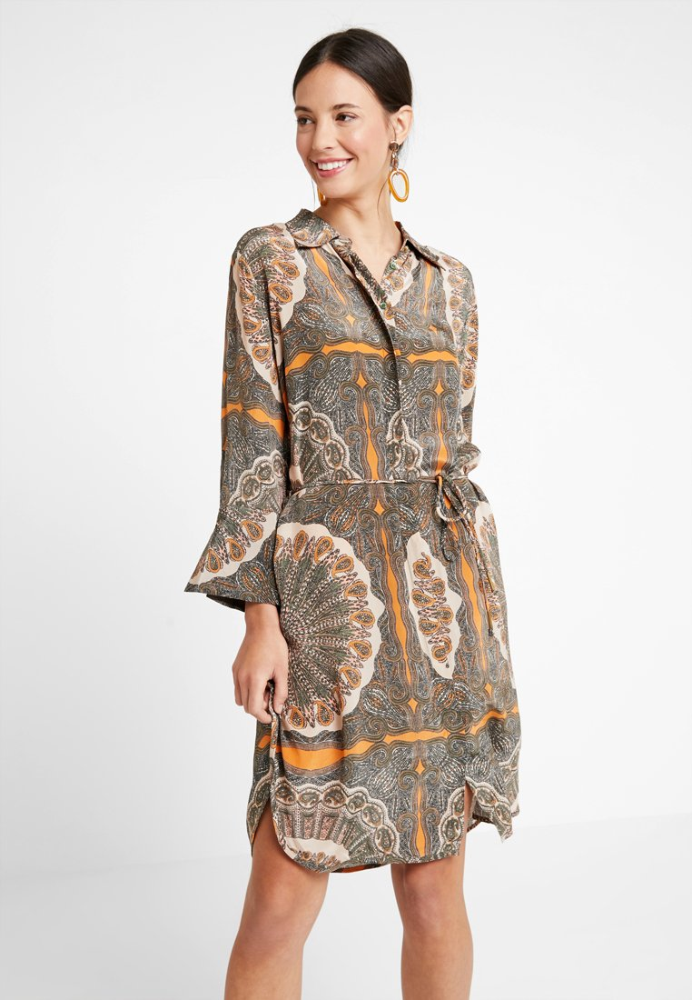 Mos Mosh - ELAINE SCARF DRESS - Skjortekjole - apricot