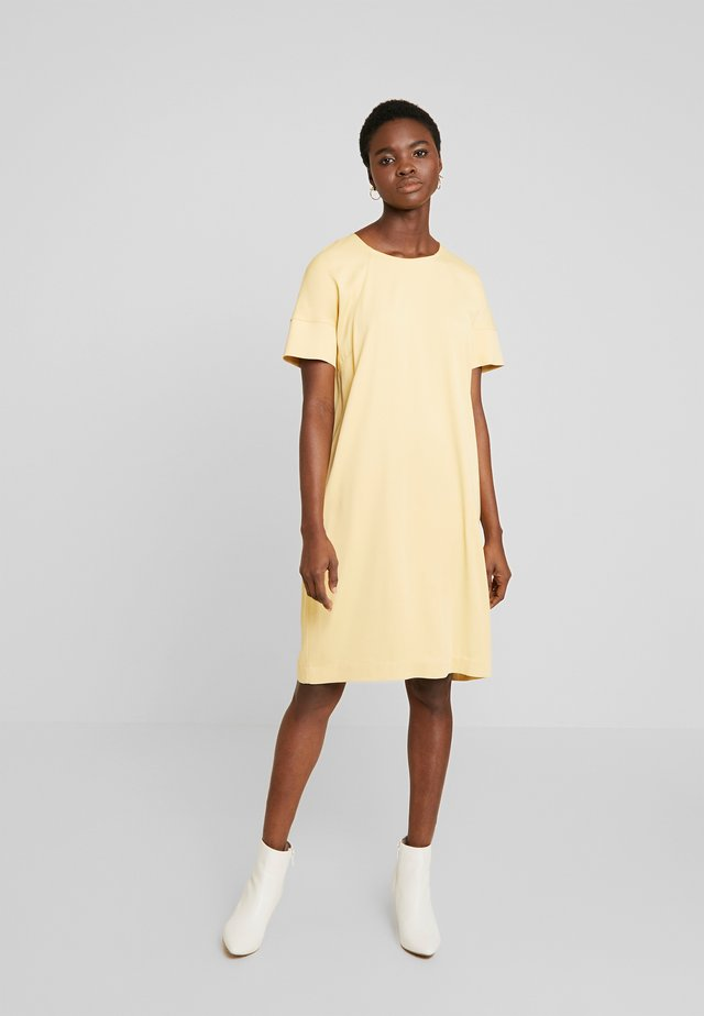 LORI CUBA DRESS - Korte jurk - jojoba