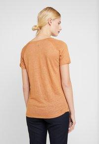 Mos Mosh - MAG TEE - Print T-shirt - bran - 2