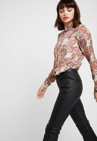 Mos Mosh - TAYLOR WEAVE - Camisa - vintage rose - 3