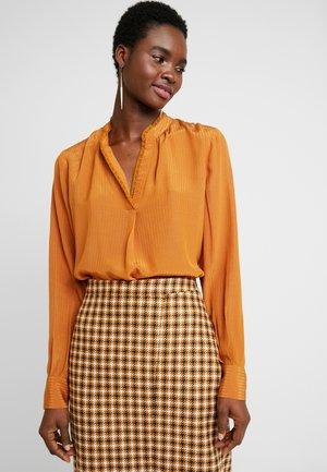 TARIN BLOUSE - Bluse - brown