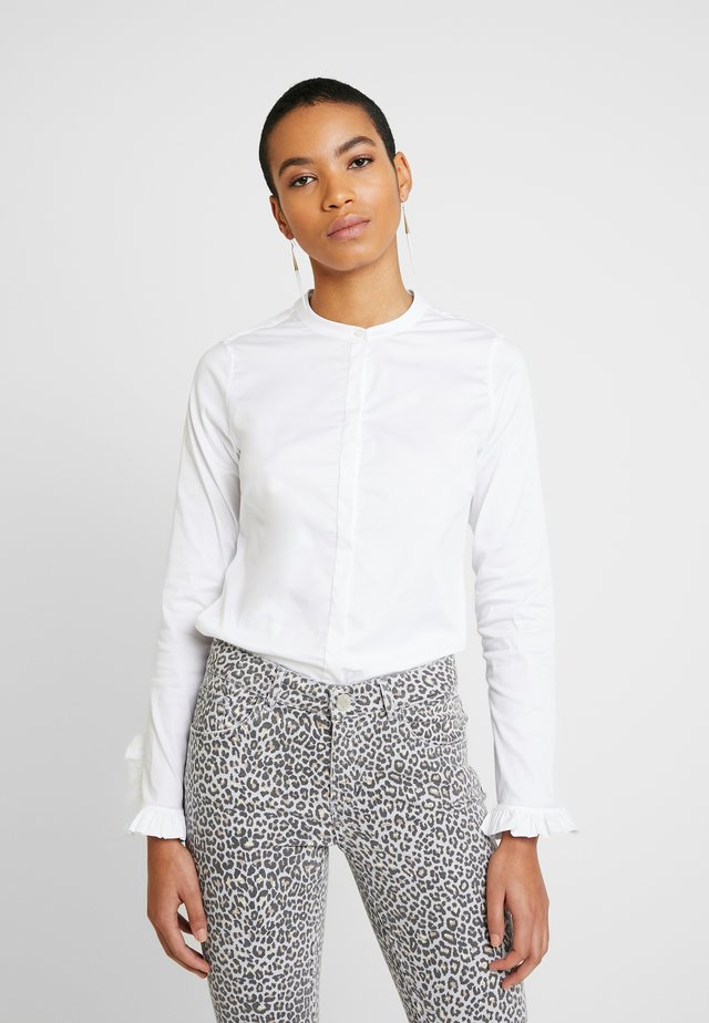 MATTIE SUSTAINABLE - Button-down blouse - white