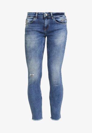 SUMNER VINTAGE ZIP - Slim fit jeans - light blue denim
