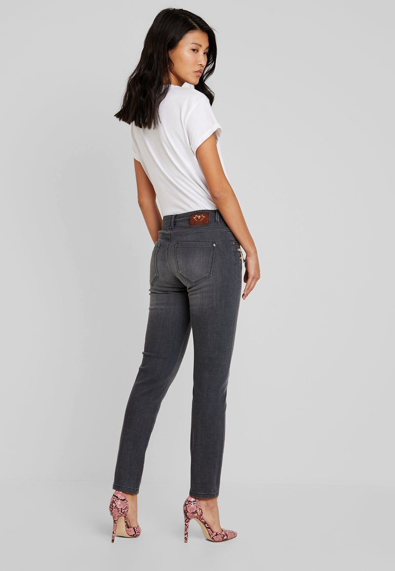 Mos Mosh - BERLIN FAVOURITE  - Jeansy Slim Fit - grey denim
