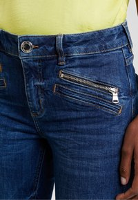 Mos Mosh - SIMONE ZIP - Jeans Bootcut - blue denim - 4
