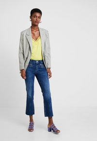 Mos Mosh - SIMONE ZIP - Jeans Bootcut - blue denim - 1