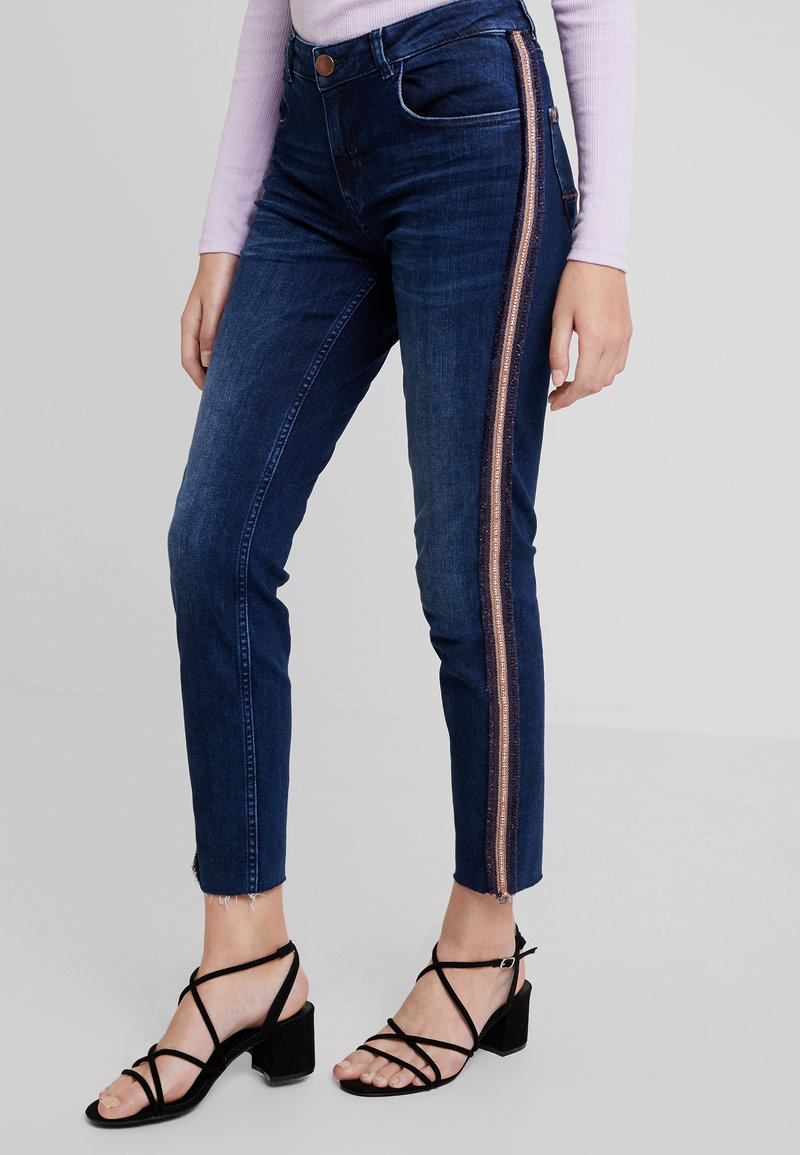 Mos Mosh - SUMNER CELEB - Slim fit jeans - blue denim