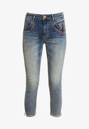 IDA TROKS - Skinny džíny - blue