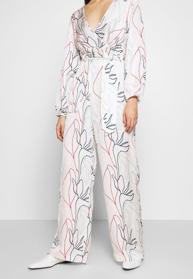 HELENA - Spodnie materiałowe - white