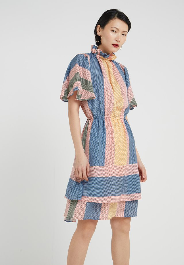 KARENA - Korte jurk - multi