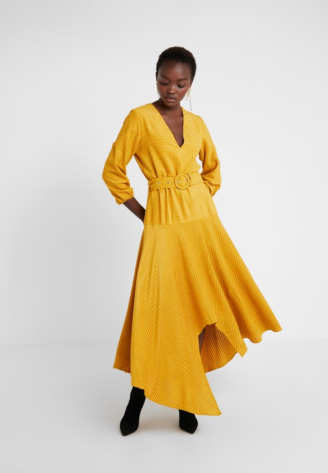 KLEE - Maxikleid - yellow