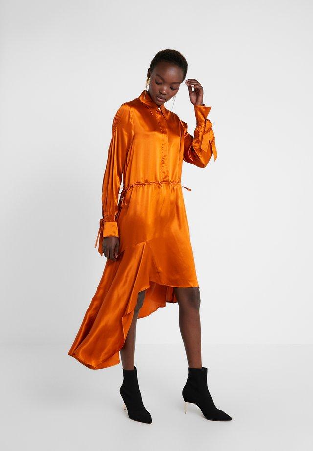 KALEVA - Skjortekjole - orange