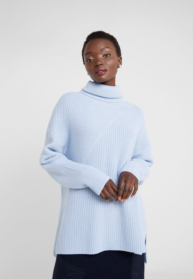 PIERA - Stickad tröja - blue