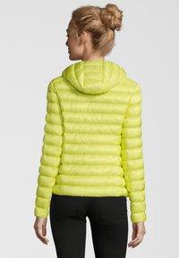 No.1 Como - STEPPJACKE BERGEN - Winter jacket - lime - 1