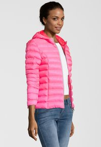 No.1 Como - STEPPJACKE BERGEN - Winter jacket - pink - 2
