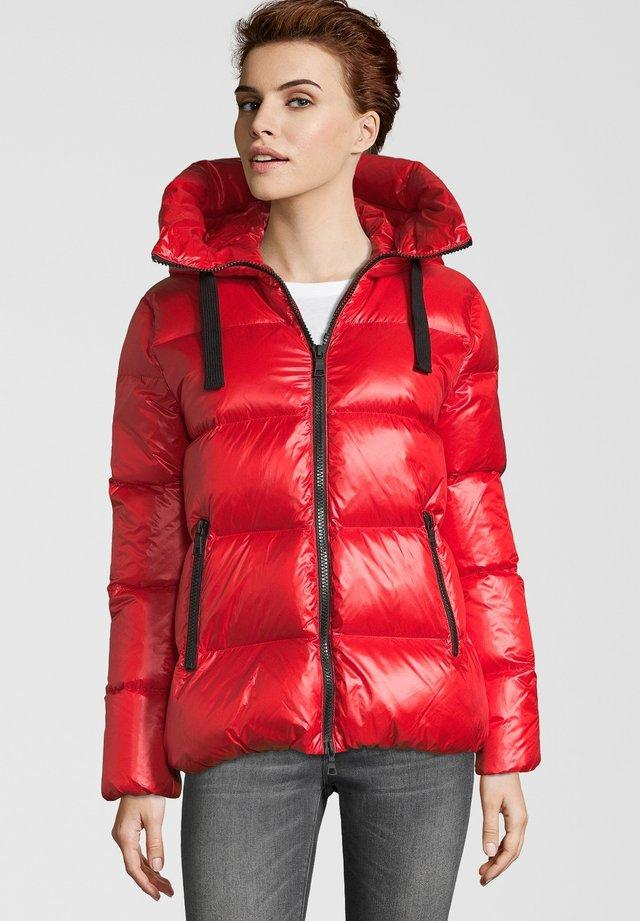 LINDA - Down jacket - red