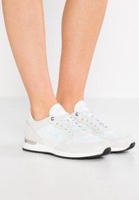 Noclaim - AGATA - Sneakers - aurora - 0