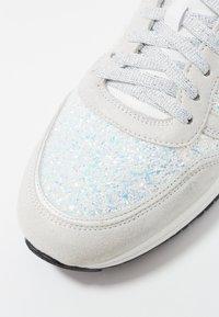Noclaim - AGATA - Sneakers - aurora - 2