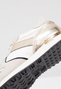 Noclaim - CAROL - Sneakers - beige/platino - 2
